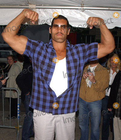 Dalip Singh Photo - Photo by Walter Weissmanstarmaxinccom200552405Dalip Singh at the premiere of The Longest Yard(NYC)