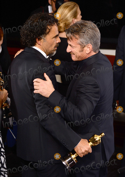 Alejandro GInarritu Photo - Photo by PDstarmaxinccomSTAR MAX2015ALL RIGHTS RESERVEDTelephoneFax (212) 995-119622215Alejandro G Inarritu and actor Sean Penn in the Press Room at the 2015 Oscars held at the Kodak Theatre Hollywood(Los Angeles USA)