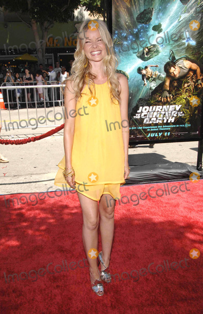 Anita Briem Photo - Photo by Michael Germanastarmaxinccom200862908Anita Briem at the premiere of Journey to the Center of the Earth(Westwood CA)