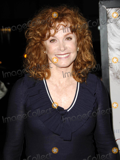 Stephanie Powers Photo - Photo by Michael Germanastarmaxinccom200610306Stephanie Powers at the premiere of The Queen(Beverly Hills CA)Not for syndication in France