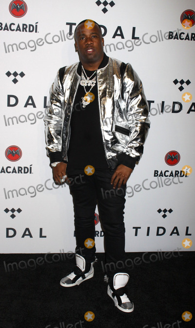 Yo Gotti Photo - Photo by Victor MalafrontestarmaxinccomSTAR MAXCopyright 2017ALL RIGHTS RESERVEDTelephoneFax (212) 995-1196101717Yo Gotti at The Third Annual TIDAL X Benefit Concert held at Barclays Center in Brooklyn New York(NYC)