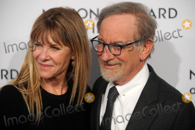 Steven Spielberg Photo - Photo by Dennis Van TinestarmaxinccomSTAR MAX2018ALL RIGHTS RESERVEDTelephoneFax (212) 995-11961918Kate Capshaw and Steven Spielberg at The National Board of Review Annual Awards Gala (NBR) in New York City