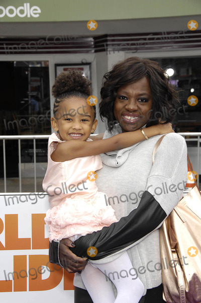 Genesis Photo - Photo by Michael GermanastarmaxinccomSTAR MAX2015ALL RIGHTS RESERVEDTelephoneFax (212) 995-119632215Genesis Tennon and Viola Davis at the premiere of Home(Los Angeles CA)
