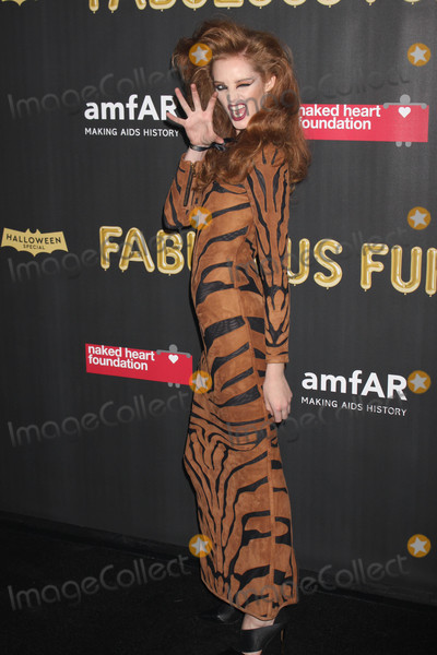 Alexina Graham Photo - Photo by Victor MalafrontestarmaxinccomSTAR MAX2017ALL RIGHTS RESERVEDTelephoneFax (212) 995-1196102817Alexina Graham at The 2017 Naked Heart Foundation x amfAr Fabulous Fund Fair at Skylight Clarkson Sq in New York City