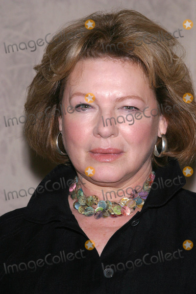 Dianne Wiest Photo - Photo by Mitch Gerberstarmaxinccom200482504Dianne Wiest at a promotional event for her new film Merci Docteur(The Mayflower Hotel NYC)