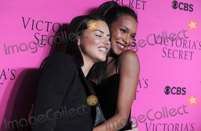 Adriana Lima Photo - Photo by Dennis Van TinestarmaxinccomSTAR MAXCopyright 2017ALL RIGHTS RESERVEDTelephoneFax (212) 995-1196112817Adriana Lima and Lais Ribeiro at The Victorias Secret Viewing Party in New York City(NYC)