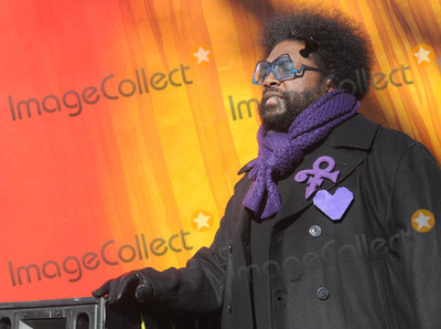 Questlove Photo - Photo by Dennis Van TinestarmaxinccomSTAR MAX2017ALL RIGHTS RESERVEDTelephoneFax (212) 995-1196112317Questlove at The 91st Annual Macys Thanksgiving Day Parade in New York City