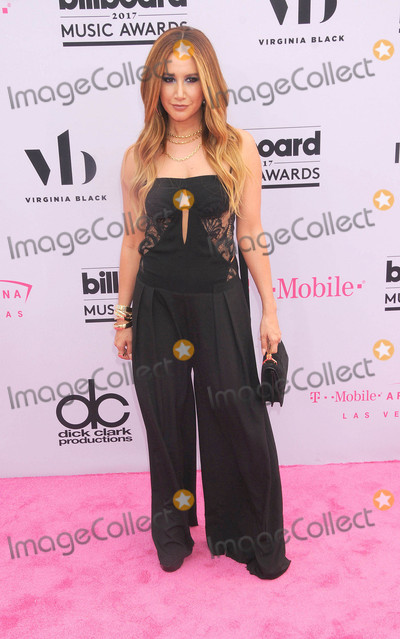 Ashley Tisdale Photo - Photo by GLXstarmaxinccomSTAR MAX2017ALL RIGHTS RESERVEDTelephoneFax (212) 995-119652117Ashley Tisdale at The 2017 Billboard Music Awards at The T-Mobile Arena in Las Vegas Nevada