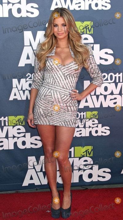 Amber Lancaster Photo - Photo by REWestcomstarmaxinccom20116511Amber Lancaster at the MTV Movie Awards(Universal City CA)