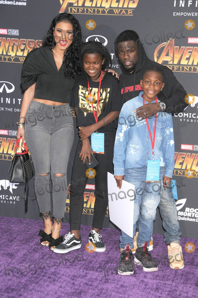 Kevin Hart Photo - Photo by GalaxystarmaxinccomSTAR MAX2018ALL RIGHTS RESERVEDTelephoneFax (212) 995-119642318Kevin Hart at the premiere of Marvels Avengers Infinity War in Los Angeles CA