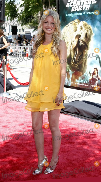 Anita Briem Photo - Photo by NPXstarmaxinccom200862908Anita Briem at the premiere of Journey to the Center of the Earth(Westwood CA)