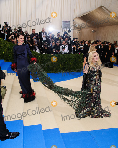Madonna Photo - Photo by ESBPstarmaxinccomSTAR MAXCopyright 2017ALL RIGHTS RESERVEDTelephoneFax (212) 995-11965117Sarah Paulson and Madonna at the 2017 Costume Institute Gala - Rei KawakuboComme des Garcons Art Of The In-Between(Metropolitan Museum of Art NYC)