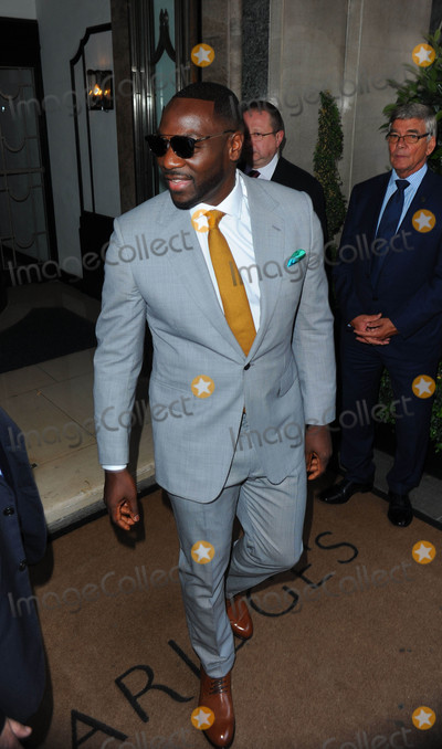 Adewale Akinnuoye-Agbaje Photo - Photo by KGC-201starmaxinccomSTAR MAX2016ALL RIGHTS RESERVEDTelephoneFax (212) 995-11968316Adewale Akinnuoye-Agbaje at the premiere of Suicide Squad(London England)