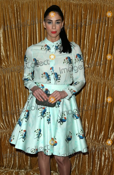 Alice  Olivia Photo - Photo by KGC-146starmaxinccomSTAR MAX2015ALL RIGHTS RESERVEDTelephoneFax (212) 995-119621615Sarah Silverman at the Alice  Olivia Runway Show during New York Fashion Week(NYC)
