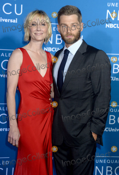 Anne Heche Photo - Photo by Dennis Van TinestarmaxinccomSTAR MAX2017ALL RIGHTS RESERVEDTelephoneFax (212) 995-119651517Anne Heche and Mike Vogel at The 2017 NBCUniversal Upfront in New York City