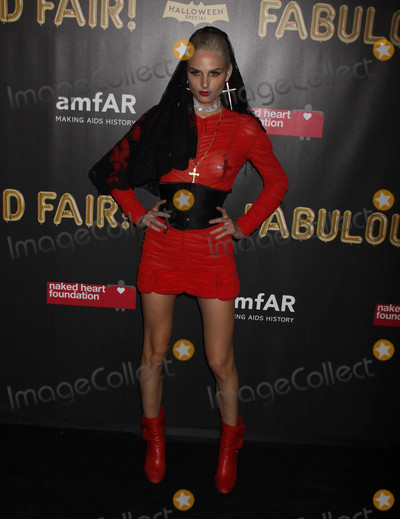 Andreja Pejic Photo - Photo by Victor MalafrontestarmaxinccomSTAR MAX2017ALL RIGHTS RESERVEDTelephoneFax (212) 995-1196102817Andreja Pejic at The 2017 Naked Heart Foundation x amfAr Fabulous Fund Fair at Skylight Clarkson Sq in New York City