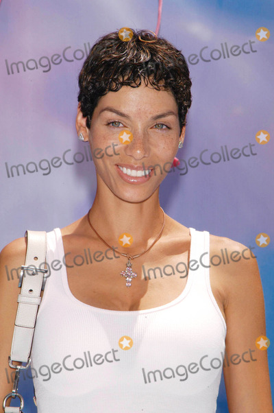 NICOLE MITCHELL Photo - Photo by  Tom LauLoud  Clear MediaSTAR MAX Inc - copyright 2003  ALL RIGHTS RESERVED 51803Nicole Mitchell Murphy at the World Premiere of Finding Nemo from Pixar Animation StudiosWalt Disney Pictures(CA)