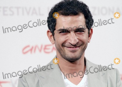 Amr Waked Photo - Amr Waked at the photo call for Il Padre e Lo Straniero during the 5th International Rome Film Festival Rome ITA 103010