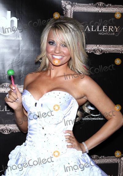 Angel Porrino Photo - Angel Porrino celebrates her 22nd birthday at Gallery Nightclub at Planet Hollywood Resort and Casino Las Vegas NV 05142011
