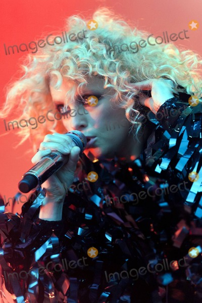 Goldfrapp Photo - Goldfrapp performs at the London Electronic Dance Festival in Victoria Park London UK 82810