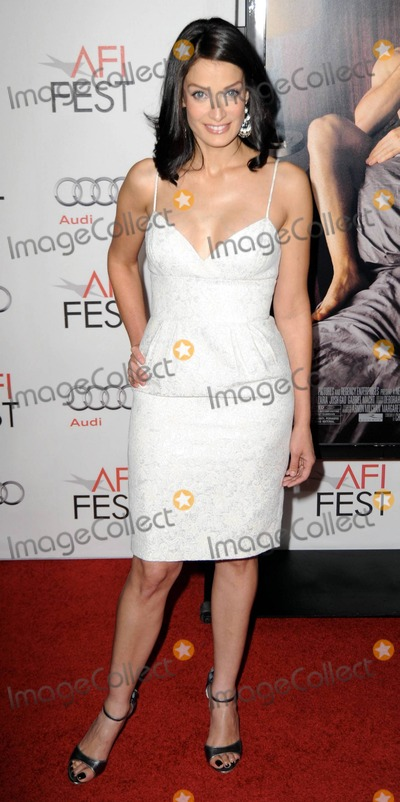 Natalie Gold Photo - Natalie Gold attending the AFI Fest screening of Twentieth Century Foxs Love  Other Drugs at Graumans Chinese Theatre in Hollywood CA 11410