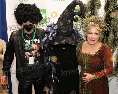 John McEnroe Photo - John Mcenroe Patty Smyth and Bette Midler arrive at the 15th annual Bette Midlers New York Restoration Projects Hulaween Benefit Gala held at The Waldorf-Astoria Hotel New York NY 102910