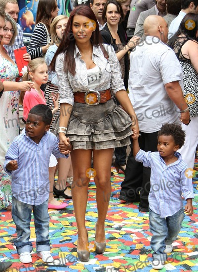 804c66fc17 Photos and Pictures - Chantelle Tagoe
