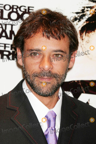 Alexander Siddig Photo - Alexander Siddig Arriving at the Premiere of Syriana at Loews Lincoln Square in New York City on 11-20-2005 Photo by Henry McgeeGlobe Photos Inc 2005