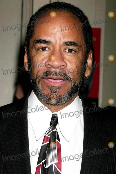 Tim Reid Photo - Tim Reid Arriving at the Opening Night Performance of Julius Caesar at the Belasco Theatre in New York City on 04-03-2005 Photo by Henry McgeeGlobe Photos Inc 2005