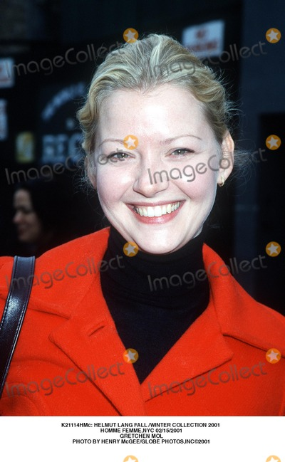 Helmut Lang Photo -  Helmut Lang Fall Winter Collection 2001 Homme Femmenyc 02152001 Gretchen Mol Photo by Henry McgeeGlobe Photos