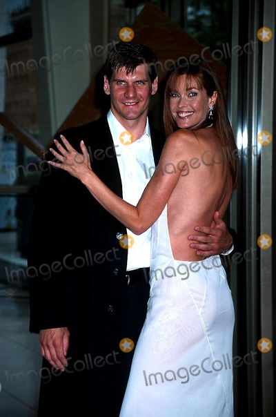 Alexi Yashin Photo - 30th Annual Fifi Awards Ceremonies Lincoln Ctr NYC 060402 Photo by Henry McgeeGlobe Photos Inc 2002 Carol Alt Alexi Yashin