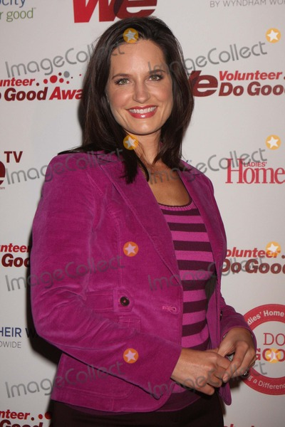 Contessa Brewer Photo - Contessa Brewer (Msnbc News Anchor) Arriving at the First Annual We Do Good Awards Presented by We Tv and Ladies Home Journal at Espace in New York City on 11-16-2010 Photo by Henry Mcgee-Globe Photos Inc 2010
