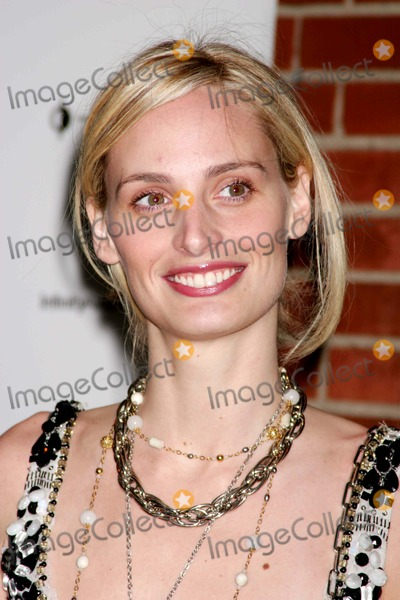 Lauren Davis Photo - Lauren Davis Arriving at the International Center of Photographys Twenty-first Annual Infinity Awards at Skylight in New York City on 05-10-2005 Photo by Henry McgeeGlobe Photos Inc 2005