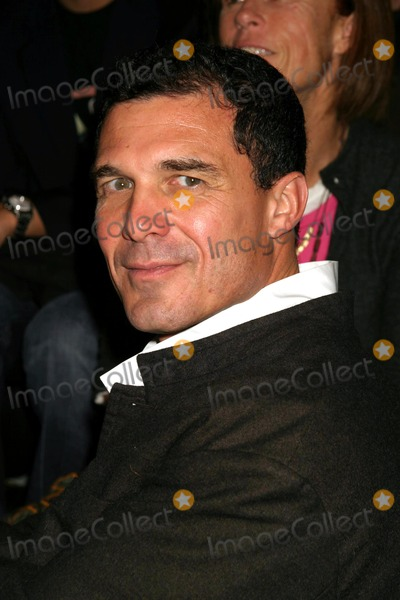 Andr Balazs Photo - Andre Balazs at Marc Jacobs Showing of Fall Collection at NY State Armory in New York City on February 9 2004 Photo by Henry McgeeGlobe Photos Inc 2004