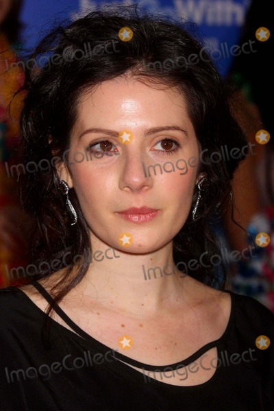 Aleksa Palladino Photo - Aleksa Palladino Arrivng at a Special Screening of Columbia Pictures Just Go with It at the Ziegfeld Theater in New York City on 02-08-2011 photo by Henry Mcgee-globe Photos Inc 2011