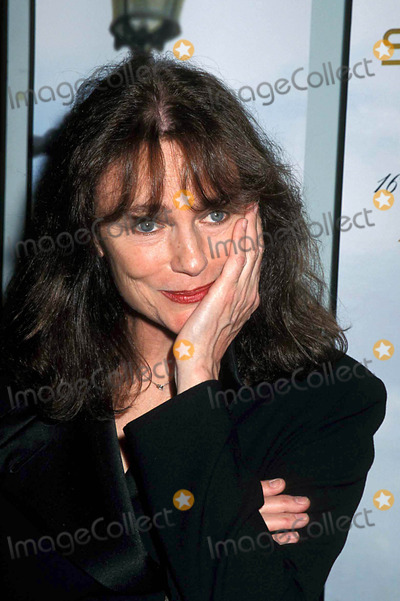 Jackie Bisset Photo - 4-22-2001 7th Avignon  NY Film Festival Screening of  Fast Food Women  at the French Institute in New York City ( Jacqueline ) Jackie Bisset Photo by Henry Mcgee-Globe Photos Inc