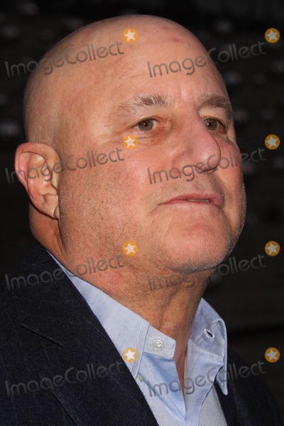 Ron Perelman Photo - Ron Perelman Arriving at the Vanity Fair Party to Celebrate the Tribeca Film Festival at the State Supreme Courthouse in New York City on 04-20-2010 Photo by Henry Mcgee-Globe Photos Inc 2010
