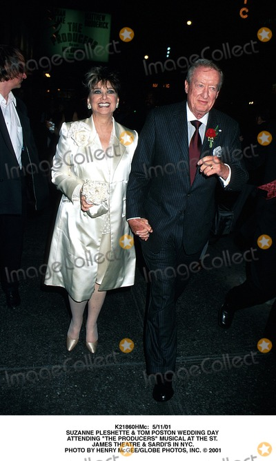 Suzanne Pleshette Photo -  51101 Suzanne Pleshette  Tom Poston Wedding Day attending the Producers Musical at the St James Theatre  Sardis in NYC Photo by Henry McgeeGlobe Photos Inc