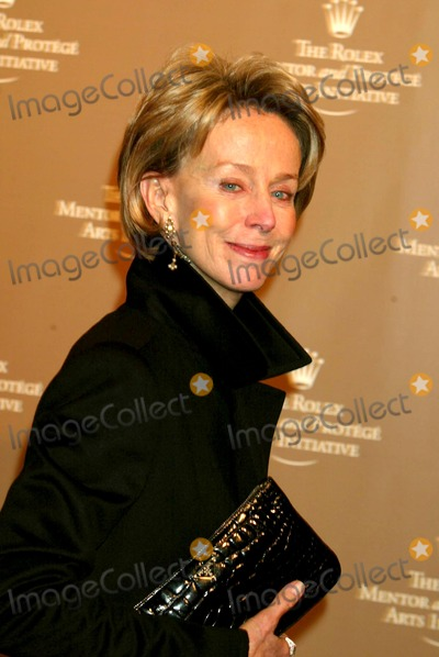 Anne Bass Photo - Ann Bass Arriving at the Rolex Mentor and Protege Arts Initiative Gala at the New York State Theaterlincoln Center For the Performing Arts in New York City on November 10 2003 Photo Henry McgeeGlobe Photos Inc 2003