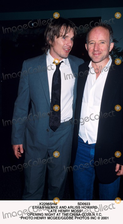 Arliss Howard Photo - Sd0923 Ethan Hawke and Arliss Howard Late Henry Moss Opening Night at the China Clubnyc Photohenry McgeeGlobe Photos Inc