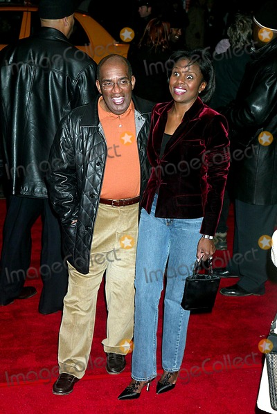 Al Roker Photo - AL Roker and Wife Deborah Roberts Premiere of 25th Hour at the Ziegfeld Theatre in New York City on December 16 2002 Photo by Henry McgeeGlobe Photosinc2002