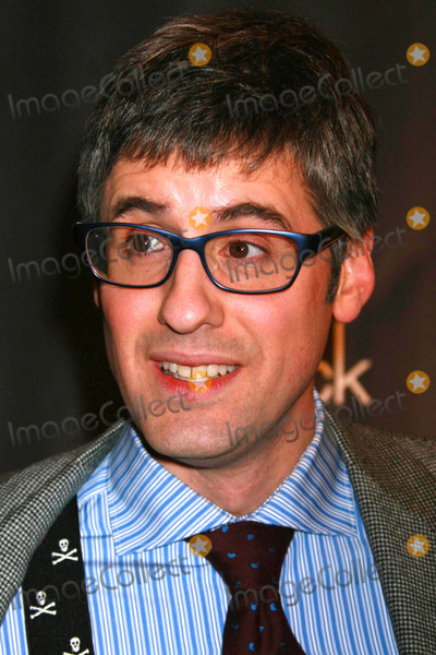 Mo Rocca Photo - MO Rocca Arriving at the Premiere of Nbcs Lipstick Jungle at Saks Fifth Avenue in New York City on 01-31-2008 Photo by Henry McgeeGlobe Photos Inc 2008