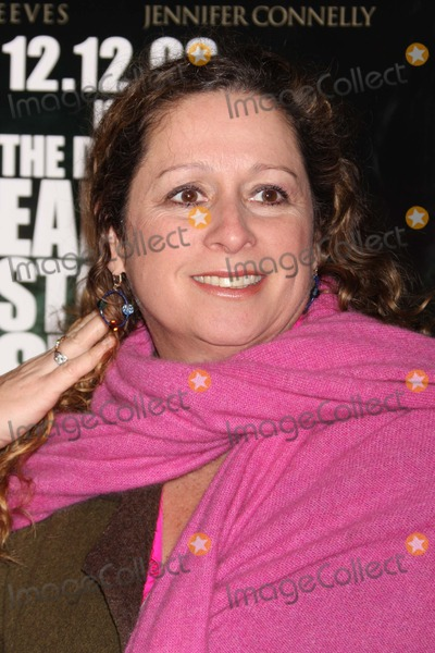 Abigail Disney Photo - New York NY 12-09-2008Abigail Disneypremiere of THE DAY THE EARTH STOOD STILL at AMC Loews Lincoln SquareDigital photo by Lane Ericcson-PHOTOlinknet