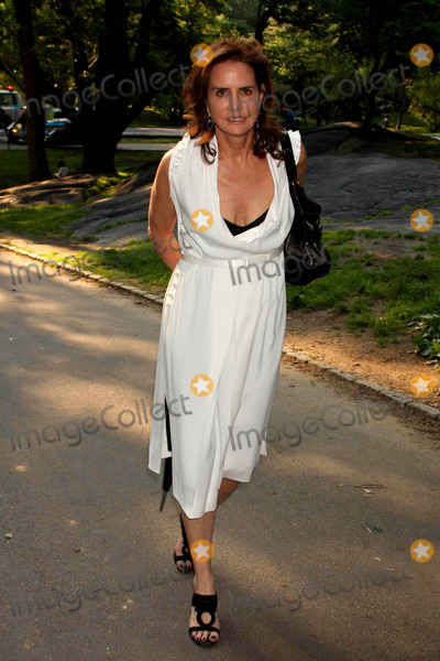Katie Ford Photo - Katie Ford Arriving at the Opening Night of Shakespeare in the Parks Production of Twelfth Night at the Delacorte Theater in Central Park in New York City on 06-25-2009 Photo by Henry Mcgee-Globe Photos Inc 2009
