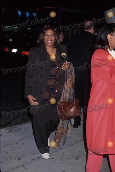 Cissy Houston Photo - Cissy Houston at Vh1 Divas Live 1999  the Beacon Theatre in New York City K15325hmc Photo by Henry Mcgee-Globe Photos Inc