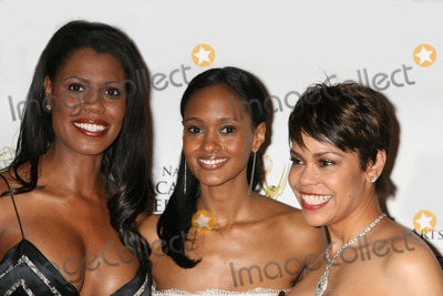 APRIL WOODARD Photo - NYC  040608Omarosa Manigault-Stallworth  Nicole Fiscella (Gossip Girl) and April Woodard (Inside Editon)51st Annual New York EMMY AWARDS2008 at the Marriott Marquis HotelDigital Photo by Adam Nemser-PHOTOlinknet