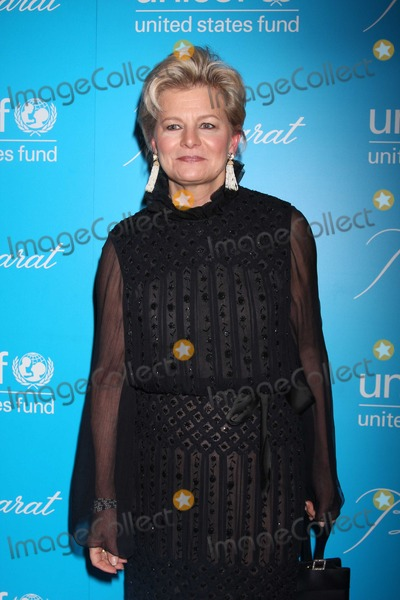 Charlotte Moss Photo - NYC  113010Charlotte Moss at the 7th Annual UNICEF Snowflake Ball honoring Olivia Harrison with the Spirit of Compassion Award at Cipriani 42nd StreetPhoto by Adam Nemser-PHOTOlinknet