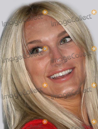 Avery Lipman Photo - NYC  030407Brooke Hogan (Hulk Hogans daughter) at the TJ MARTELL FOUNDATIONS 8th Annual FAMILY DAY honoring Universal Republic Records President Monte Lipman and Senior VP Avery Lipman at Roseland BallroomDigital Photo by Adam Nemser-PHOTOlinknet