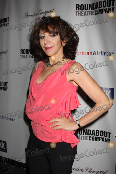 Andrea Martin Photo - New York City  14th March 2011Andrea Martin at the Roundabout Theatre Companys 2011 spring gala at Roseland BallroomPhoto by Adam Nemser-PHOTOlinknet