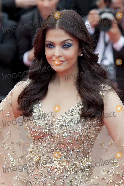 Aishwarya Photo - CANNES FRANCE - MAY 13 Aishwarya Rai attends the Slack Bay (Ma Loute) premiere during the 69th annual Cannes Film Festival at the Palais des Festivals on May 13 2016 in Cannes France(Photo by Laurent KoffelImageCollectcom)
